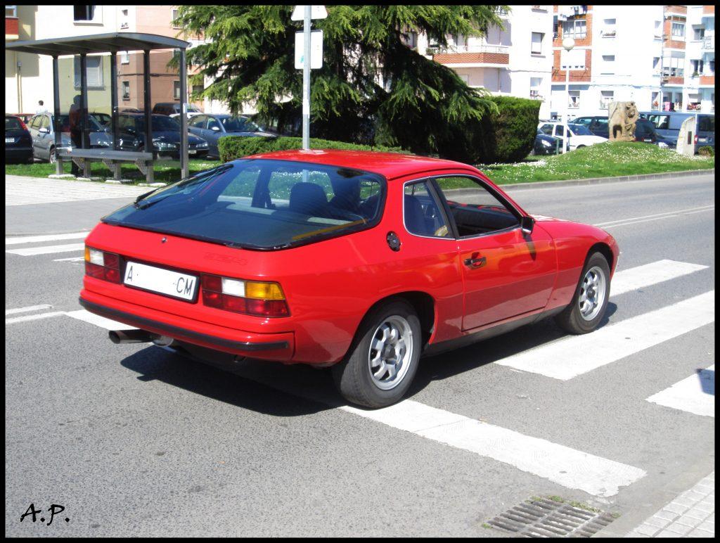 Обычный Porsche 924